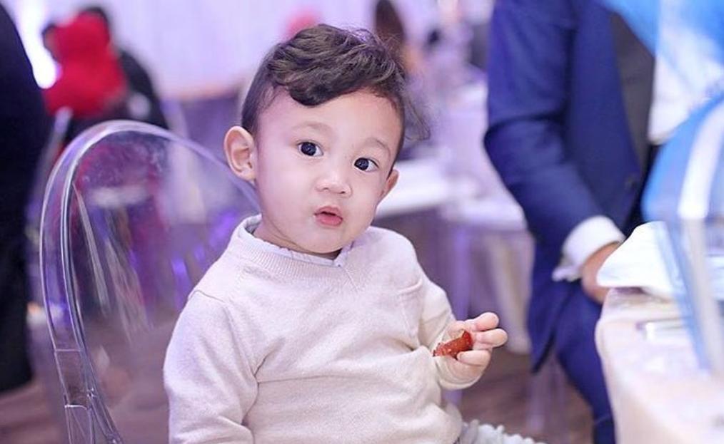 Little Hero Yusuf Ada Kawan Baru, Bujibu Cemburu?  — Cara Bijak Mommy Hanis Menyokong Perkembangan Emosi Yusuf
